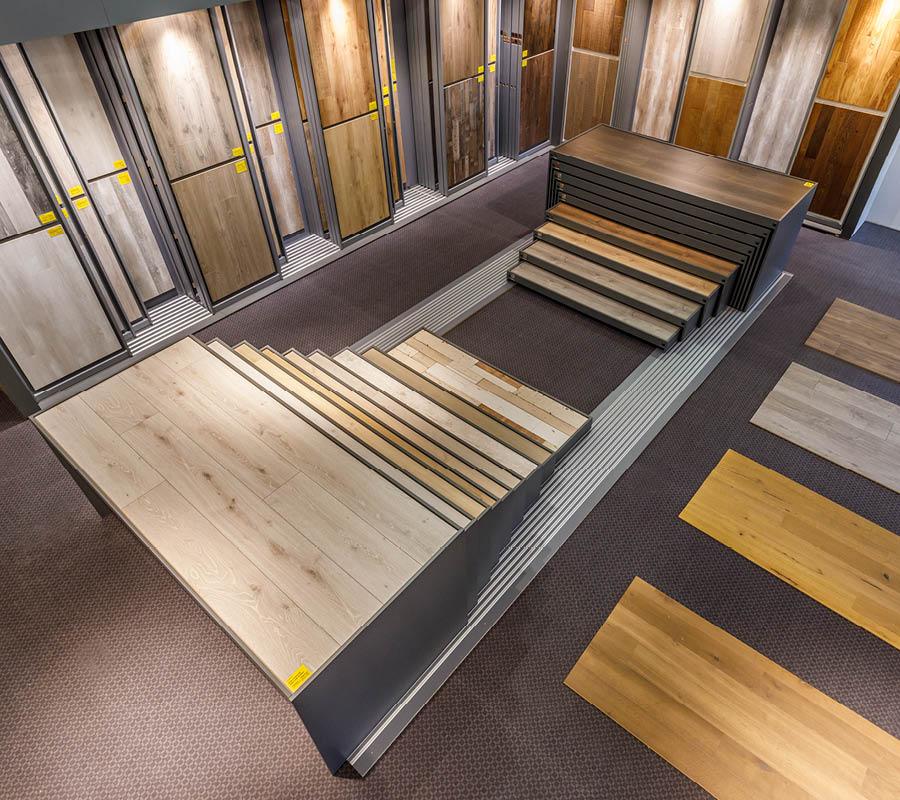 Nimm Kontakt auf   Grid Böden Ausstellung   Stuke Holz