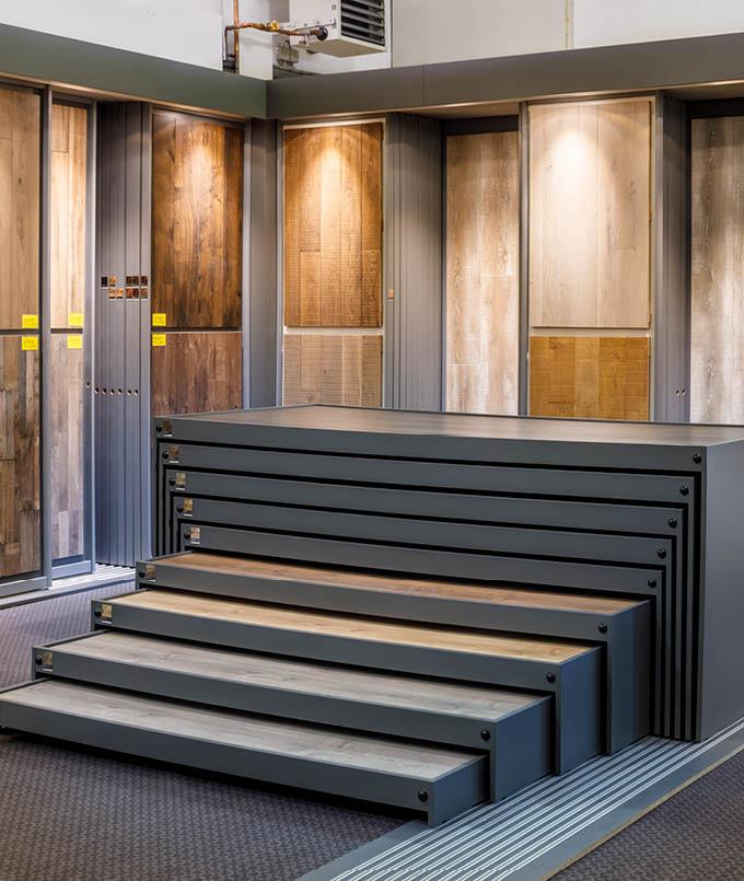 Entdecke unsere Ausstellung | Boden | Stuke Holz