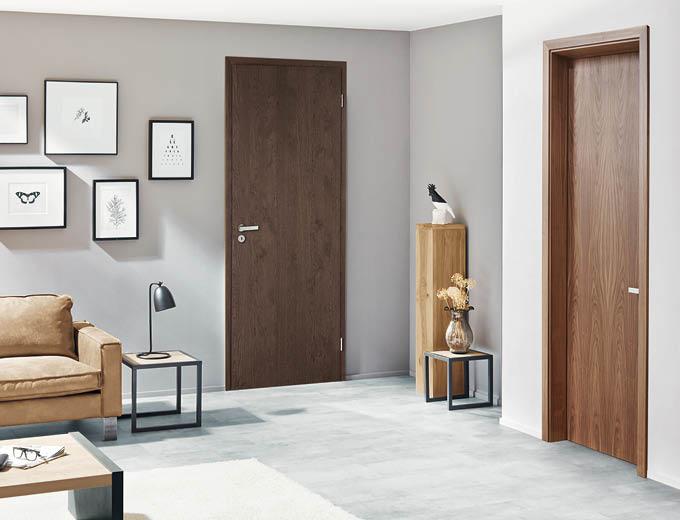 Dunkle Holztüren für Dein Zuhause bei Stuke