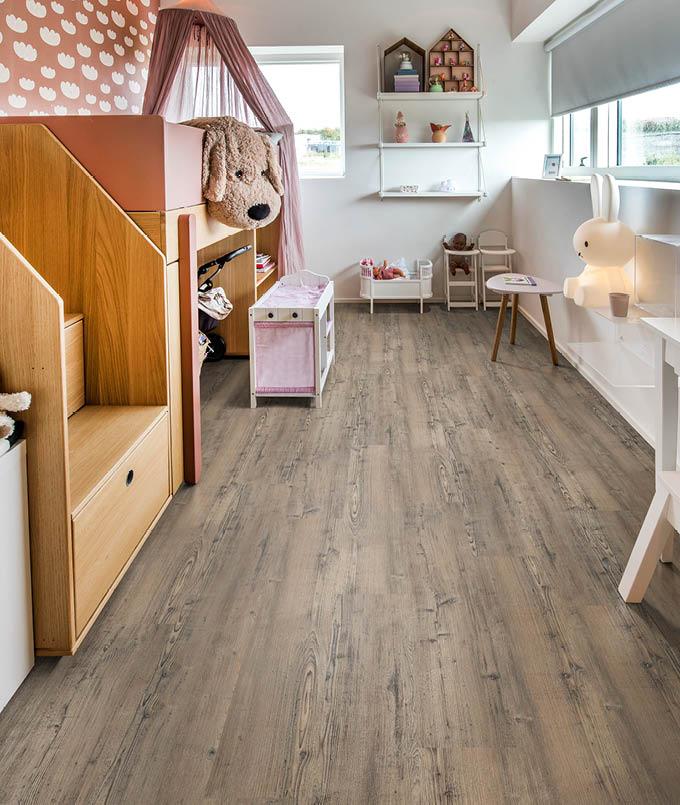Parkett von Kährs im Mädchen-Kinderzimmer | Stuke Holz